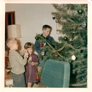 Decorating the tree, Dec. 1964